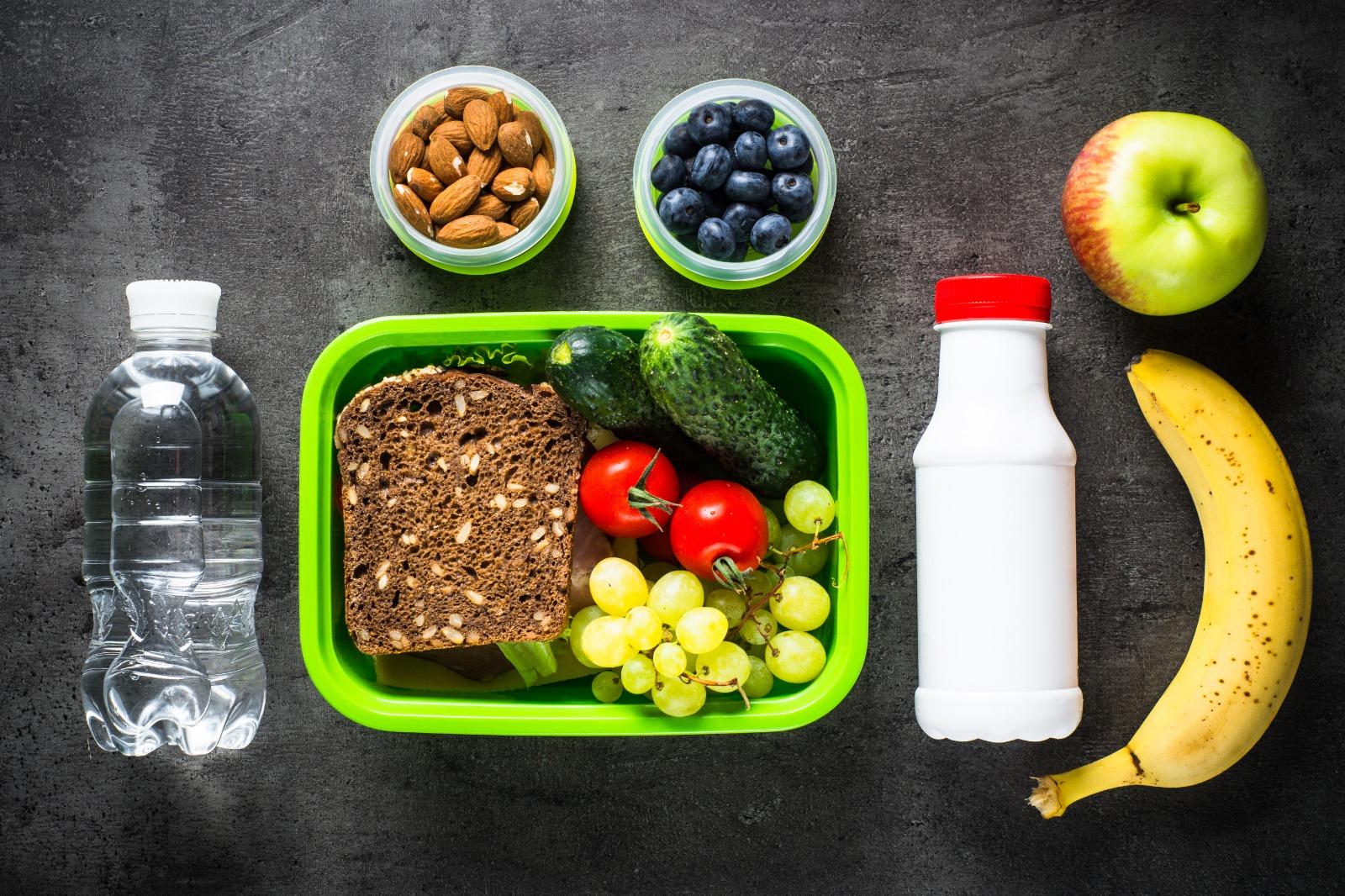 desayuno saludable para niños en el colegio